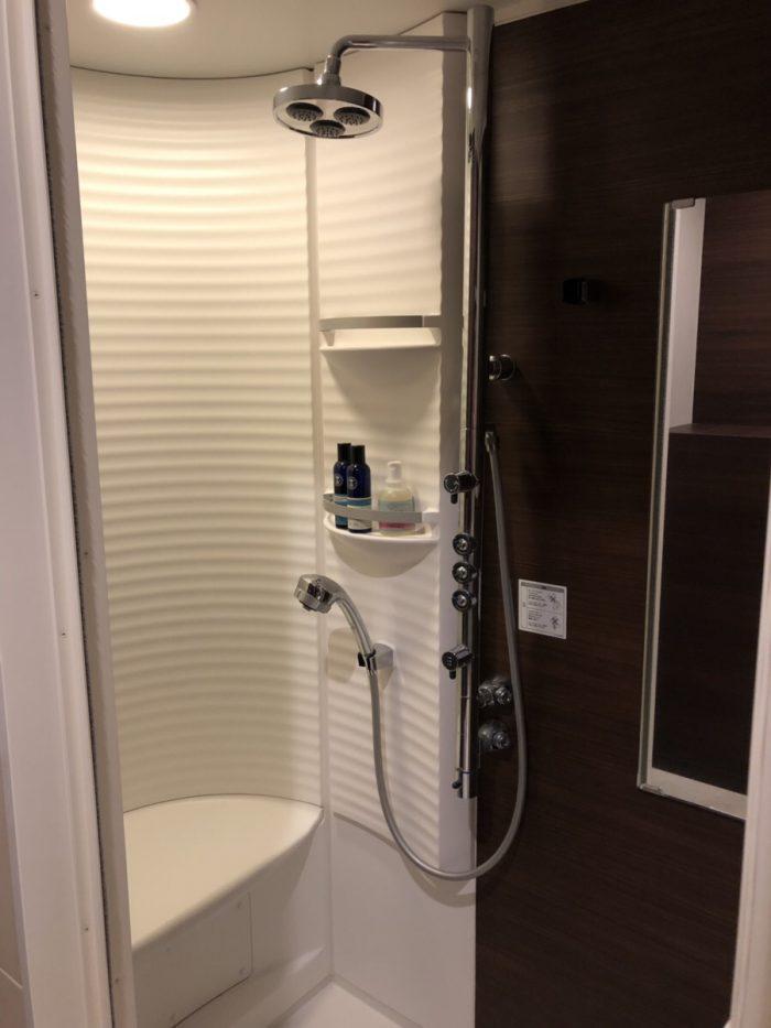 Chacharitoのシャワー室
