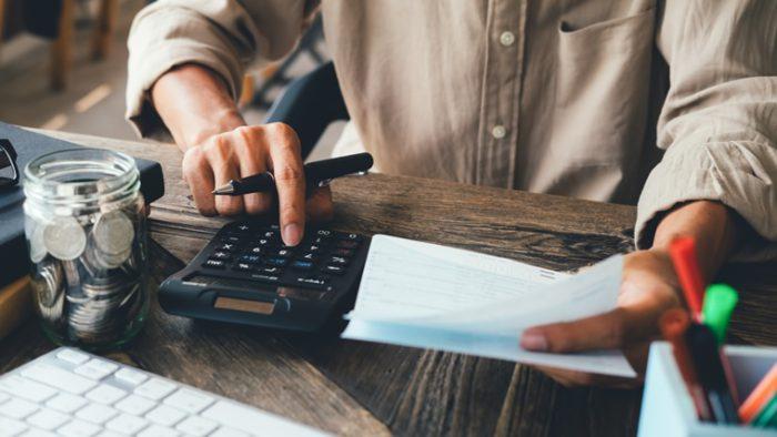ふるさと納税のメリットとデメリットとは?