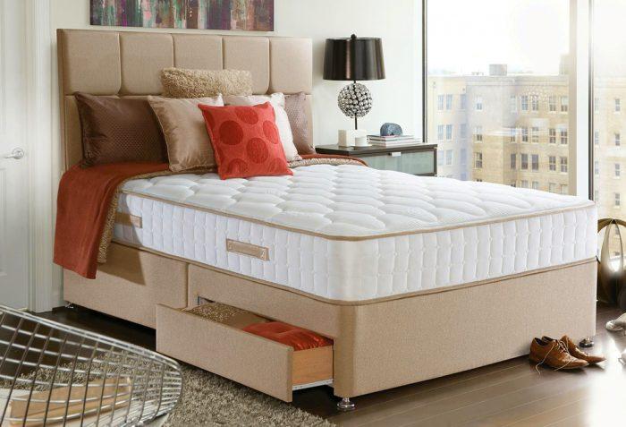 ベッドがある部屋